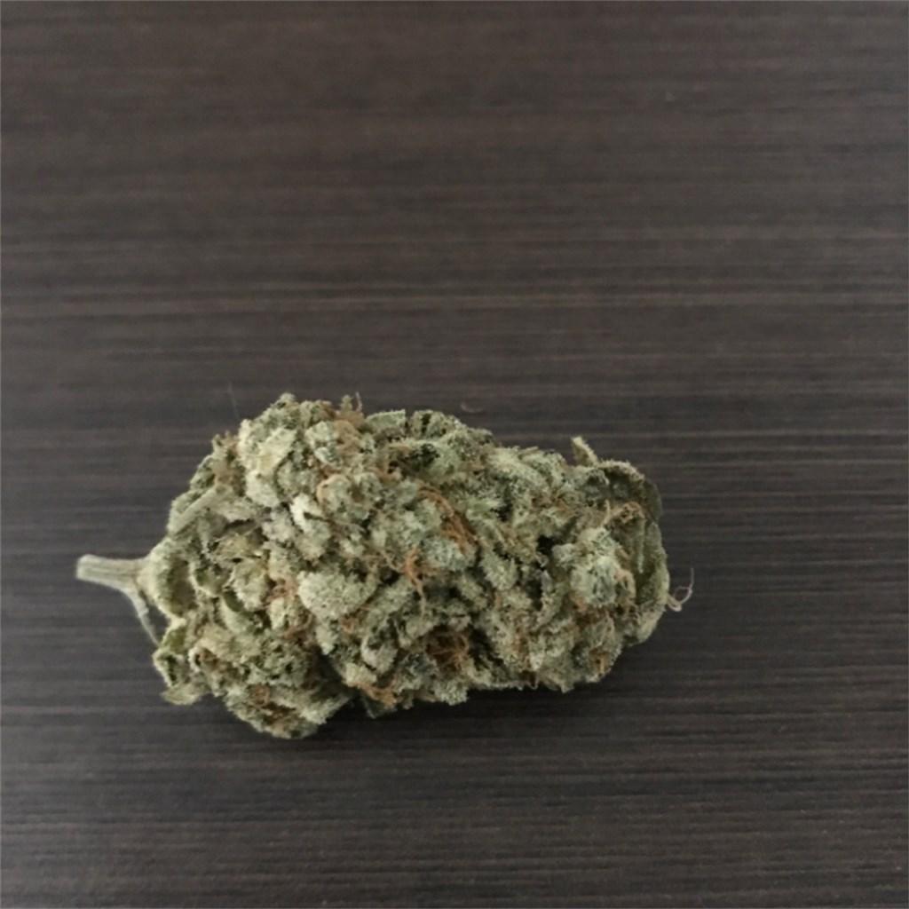 King Louis Aka King Louis Xiii Louis Xiii Kush Marijuana Strain Information Leafly